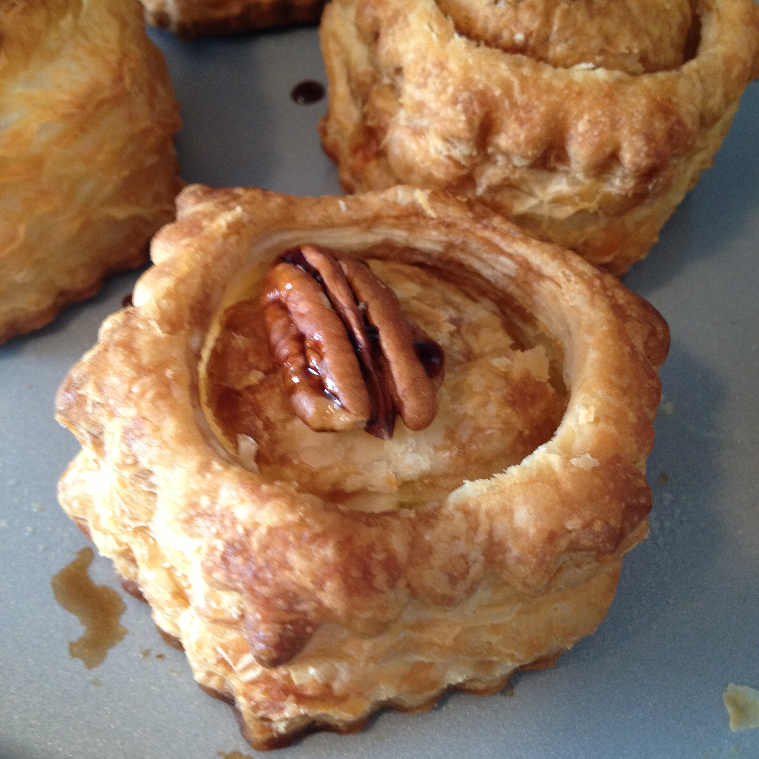 Mini Baked Brie, Pear and Pecan Tarts | Cooking Through Crazy